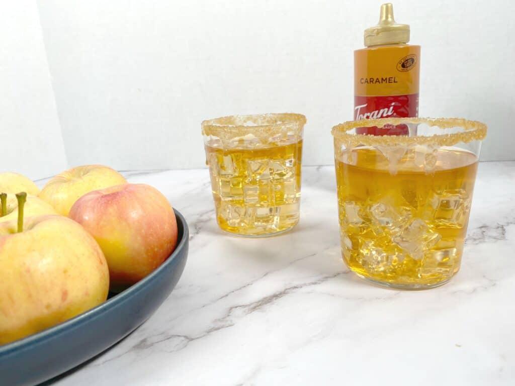 caramel apple whiskey sour