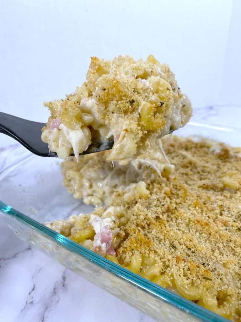 chicken cordon bleu mac and cheese
